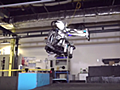 """【やじうまPC Watch】Boston Dynamics、今度は人型ロボットで""""バク宙""""を披露 - PC Watch"""