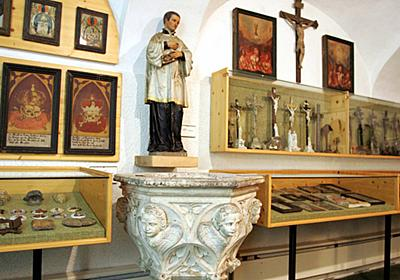 教会が酒臭い…何者かが聖水盤にブランデー フランス 写真1枚 国際ニュース:AFPBB News
