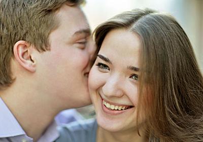 声フェチ女性の心理は?低い声の男性に惹かれる女性の特徴 - 恋愛の科学