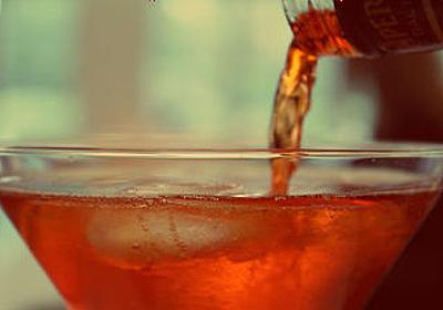 「運動すること」よりも「お酒を飲むこと」の方が健康との関連性が高いと90歳以上を対象とした研究で示される - GIGAZINE