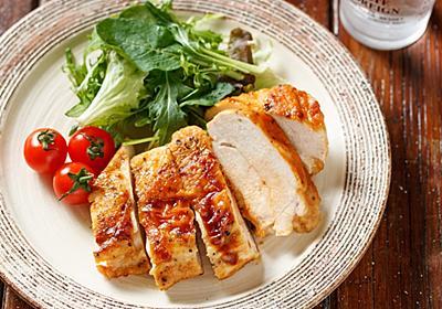 タレに漬け込んで……なんて時間ないから、すぐに作れる「鶏むね肉のチーズはさみ焼き」。感動のやわらかさです【Yuu】 - メシ通   ホットペッパーグルメ