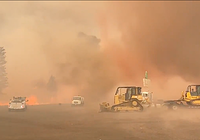 カリフォルニアの山火事でついに「炎の竜巻」が現る… | ギズモード・ジャパン