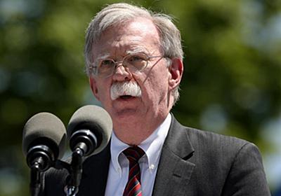 トランプ米大統領、ボルトン氏は対北朝鮮で「失策」 後任5人検討 - ロイター