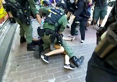 買い物中の12歳少女も拘束 香港で立法会選求めるデモ 289人逮捕に市民反発 - 毎日新聞