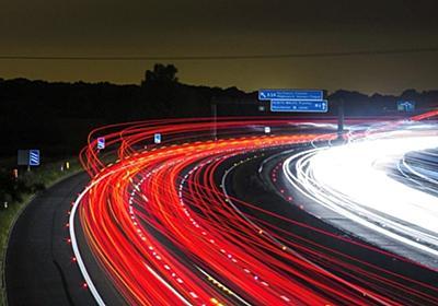 自動運転車は電光掲示板の「幻影」にだまされる--専門家が実証 - CNET Japan