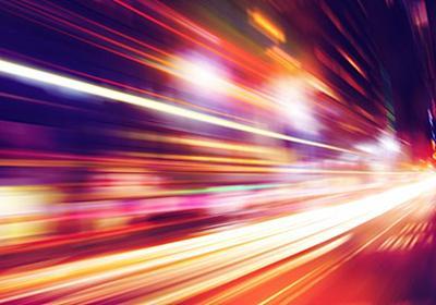 自由空間において光の速度は一定でないことが、初めて証明される | WIRED.jp