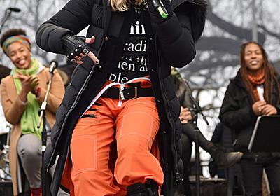 マドンナさんがサプライズ登場、米首都の女性の反トランプ行進 写真6枚 国際ニュース:AFPBB News