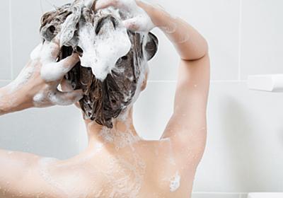 42度以上のお湯で洗うのはNG! 皮膚科医が教える「正しい髪の洗い方」 ウートピ