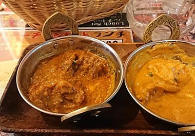 カレー屋のインド人「学生さんがナンを8枚も食べた…」投稿者「食べ放題とはいえがっつきすぎはみっともない」→インド人「驚いたから半額にした」 - Togetter