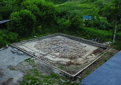 マンモスの骨で作られた2万5000年前の謎めいたボーンサークルが発見される(ロシア) : カラパイア