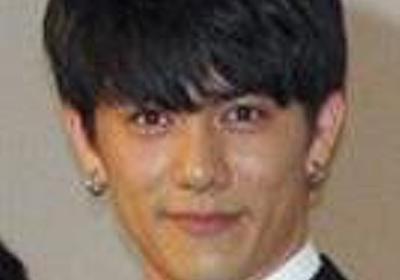 仮面ライダー俳優、青木玄徳容疑者を逮捕「両胸をもんでしまいました」 - 芸能社会 - SANSPO.COM(サンスポ)