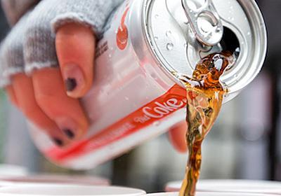 コカ・コーラ、大麻入り飲料に参入検討-カナダの大麻業者と協議