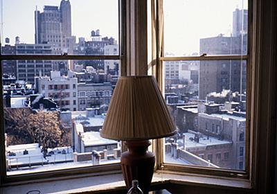 チェルシーホテル近くの楽器屋。ニューヨーク「チェルシーホテル」 - 「ボクの記憶」ニール・ちくわぶ