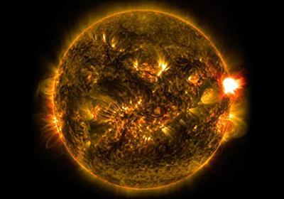 """【図解】NASA、太陽""""かすめる""""探査機を投入へ   ナショナルジオグラフィック日本版サイト"""