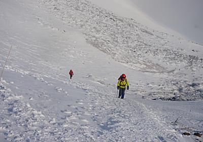リアルすぎてヤバイ、富士山での滑落事故。この時期行けるところまでいく、の判断はしちゃダメ | 経営と登山のあいだ
