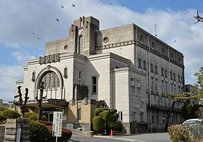 三島由紀夫ゆかりの図書館危機 老朽化、改修に10億円… 相次ぐ歴史的建造物の解体|総合|神戸新聞NEXT