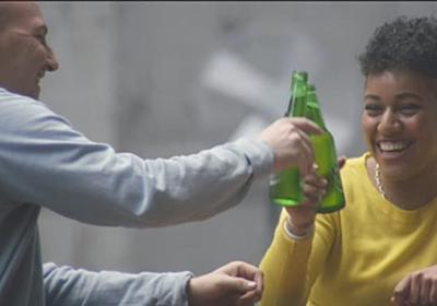 価値観が違う相手とビールを。ハイネケンにあって、サントリーの『コックゥ〜ん!』になかったもの | ハフポスト