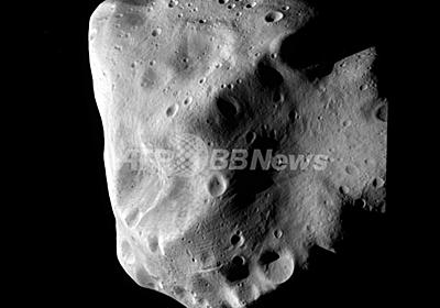彗星探査機ロゼッタ、小惑星「ルテティア」へのフライバイ成功 写真3枚 国際ニュース:AFPBB News