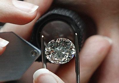 ほとんどの鑑定士が中国の偽ダイヤを見抜けなくなった…危機を感じたデビアス社、ダイヤモンドの大学を創設する:らばQ
