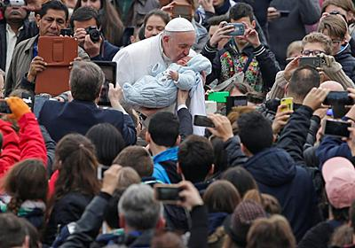 Pope suggests 'better to be atheist than hypocritical Catholic' - Reuters