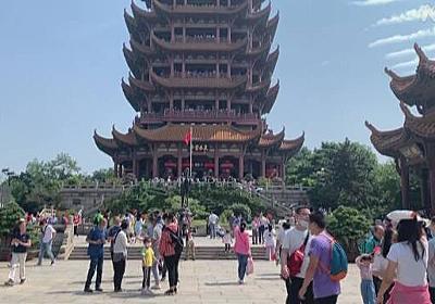 中国 武漢 都市封鎖解除から半年 街は賑わうも不満くすぶる | 新型コロナウイルス | NHKニュース