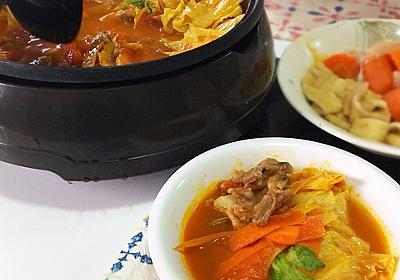 とっても簡単トマト鍋♪シメは驚きのアレンジ! : 気まま料理で レシピとか