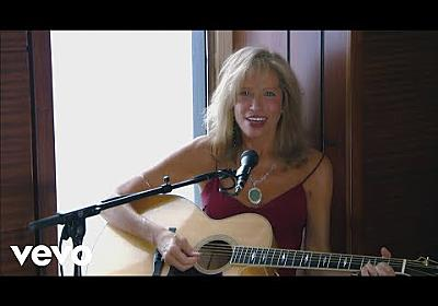 Carly Simon - Anticipation (Live On The Queen Mary 2) - YouTube