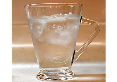 「氷水に氷が浮くのは異常」 実はヤバすぎる液体「水」の不思議な性質とは - ねとらぼ