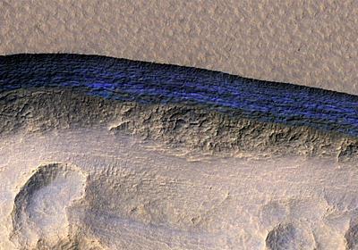 火星の表面のすぐ下に、「きれいな氷」が発見される──米探査機のデータ分析から明らかに|WIRED.jp