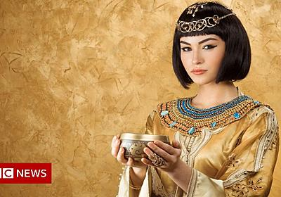 Be Cleopatra not a Kardashian, girls advised - BBC News