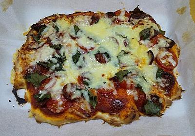 チーズがあるからピザでも作ろうかな - 晩ご飯ツマミ担当オヤジ 今日は何作ろ?