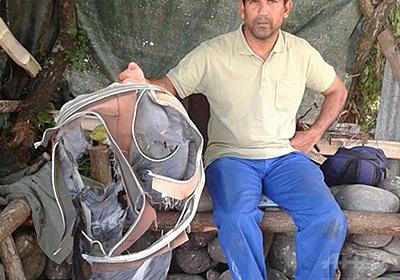 謎の残骸、不明機と同じB777型機か 現場に「手荷物」も 写真5枚 国際ニュース:AFPBB News