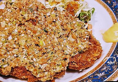 茨城県民はトンカツに納豆をのせる…!? 40年の伝統「納豆かつ」は食べ切るのが名残りおしいほどヤミツキの味だった - ぐるなび みんなのごはん