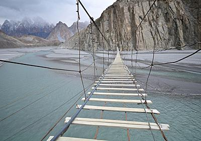 日本のあの橋も。世界の最も恐ろしい橋 | BUSINESS INSIDER JAPAN