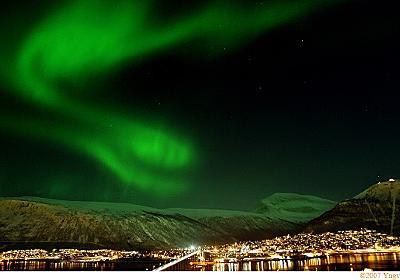 ウィーンから片道1万円で極夜の北極圏に行く :: デイリーポータルZ
