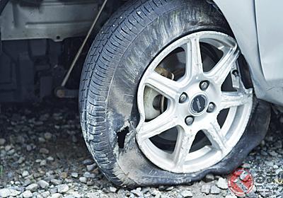 アルヴェル乗りは「格安タイヤ」をなぜ装着? 夏に増加するタイヤトラブルの二大要因 | くるまのニュース