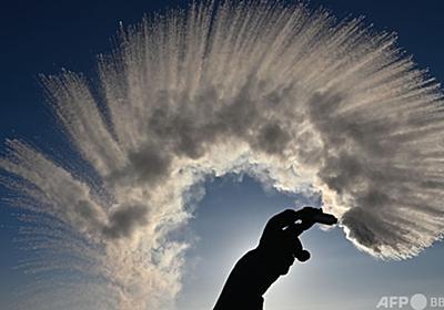 冷たい水よりもお湯の方が早く凍る「ムペンバ効果」、ドイツで再現実験 写真9枚 国際ニュース:AFPBB News