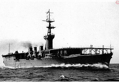 空母「鳳翔」の一部始終 旧日本海軍空母の祖はなぜ「保母さん」と評された? | 乗りものニュース