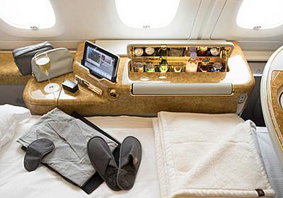 上客の備品持ち帰り、対応に苦慮する航空会社 - WSJ