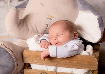 生後2ヶ月の赤ちゃんの過ごし方│体重・授乳間隔・睡眠時間をご紹介│パパママ.com
