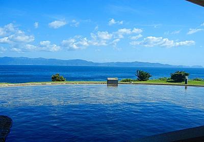 この景色サイコー!海とつながってるような絶景風呂に入れる、国内の宿&温泉スポット11選 - Find Travel