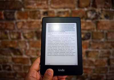 Kindle for iPhone 連続スクロール表示に設定する