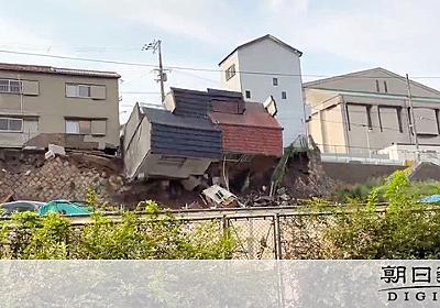 「家が崩れそうだ」直後、民家2棟4軒崩落 大阪・西成:朝日新聞デジタル