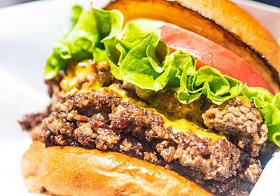 焼肉名店が手がける「黒毛和牛100%のゴリゴリ超粗挽きハンバーガー」がうまかった【別視点ガイド】 - メシ通 | ホットペッパーグルメ