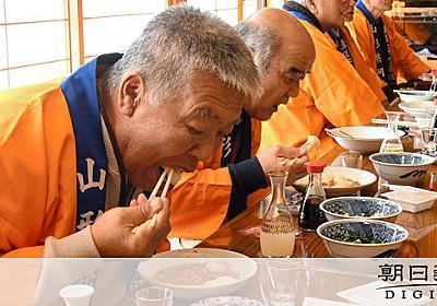 「餅は飲み物」 日本酒でのど潤し、87歳でも1玉1秒:朝日新聞デジタル
