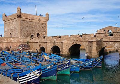モロッコの港町エッサウィラで魚介類食べてハマムに行ってを永遠繰り返す男 - ロンドンのテムズでズンドコレボリューション