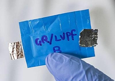 4.0Vの高電圧と爆発しない安全性を両立させた水性リチウムイオンバッテリーの開発に成功 - GIGAZINE