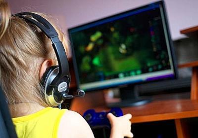 人気のゲーム「フォートナイト」にドハマりしたのは9歳の少女。おもらししたり父親を殴ったりで依存症のリハビリ治療中 : カラパイア