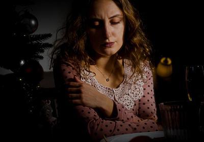 【IoTホームに住む僕のちょっとこまった話】その1:暗闇の中で夕食を食べる妻   スマートホーム(スマートハウス)情報サイト   iedge
