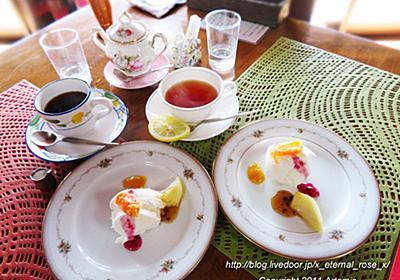 古民家 Dining noBu(ノブ) グレープフルーツのムースと、ミルクアイス フルーツ添え : Eternal Rose (エターナルローズ)